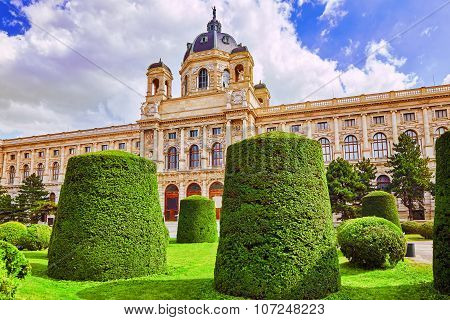 Maria Theresa Square.arts And History Museum Kunsthistorisches Museum Vienna, Austria.