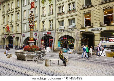 Musketeer Fountain In Bern
