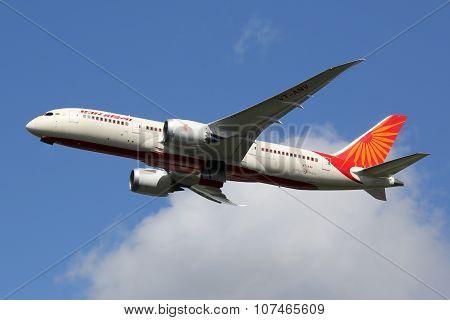 Air India Boeing 787-8 Dreamliner Airplane
