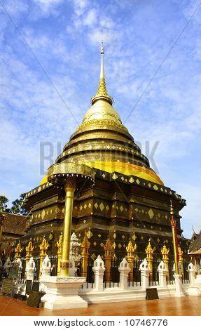Stupa Thai temple