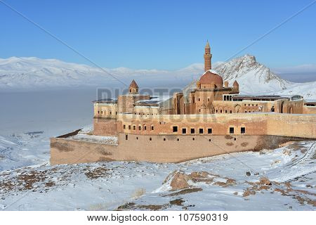 Ishak Pasha Palace In Winter Seson