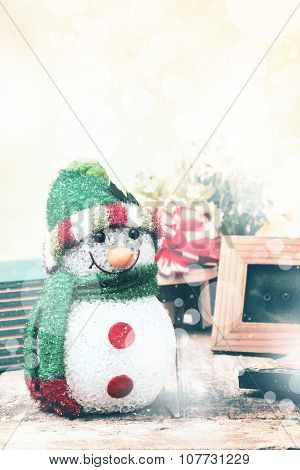 Vintage classic snowman to welcome Christmas and Happy New Year.