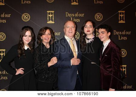 LOS ANGELES - NOV 7:  Ken Corday, family at the Days of Our Lives 50th Anniversary Party at the Hollywood Palladium on November 7, 2015 in Los Angeles, CA