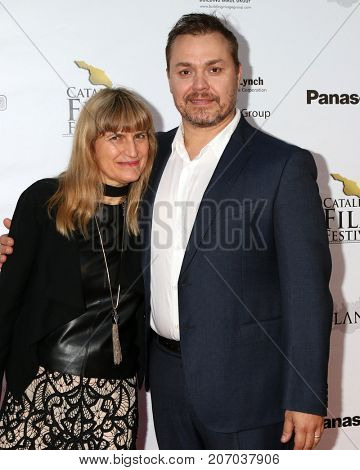 LOS ANGELES - SEP 30:  Catherine Hardwicke, Theodore Melfi at the Catalina Film Festival - September 30 2017 at the Casino on Catalina Island on September 30, 2017 in Avalon, CA