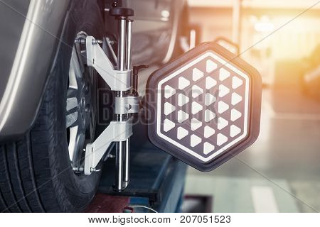Car Steering Wheel Balancer Calibrate With Laser Reflector Attach On Each Tire To Center Driving Adj