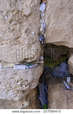 notes to God pushed into the Wailing wall