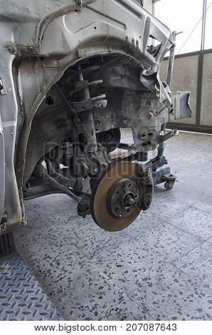 View of braking system of a crashed car