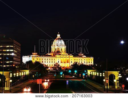 Minnesota capitol building in Saint Paul MN in the night