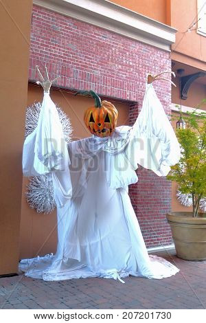 Fun Jack-O-Lantern Statue with White Flowing Robe