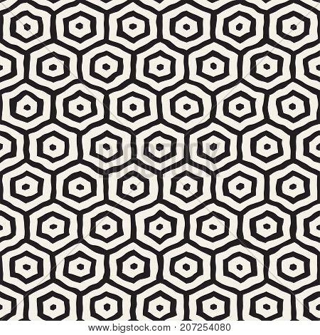 Seamless black and white pattern with hexagon lattice. Creative monochrome hand drawn honeycomb background. Stylish abstract paintbrush design