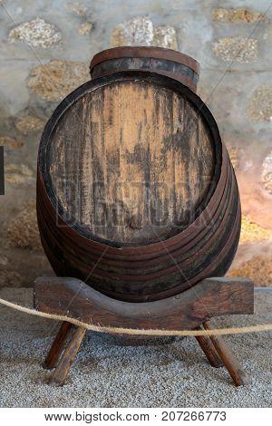 Big Oak Barrel in Horizontal Position, Beverage Theme