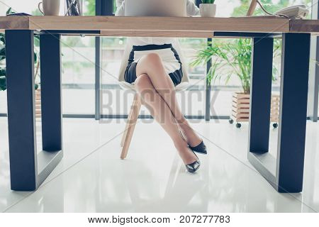Close Up Cropped Photo Of Attractive Legs Of The Elegant Stunning Business Lady In Dark High Hills S
