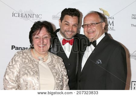 LOS ANGELES - SEP 30:  Ron Truppa, parents at the Catalina Film Festival - September 30 2017 at the Casino on Catalina Island on September 30, 2017 in Avalon, CA