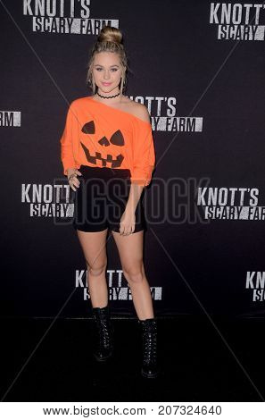 LOS ANGELES - SEP 29:  Brec Bassinger at the Knott's Scary Farm and Instagram Celebrity Night at the Knott's Berry Farm on September 29, 2017 in Buena Parks, CA