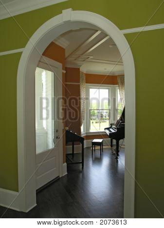 Luxury 4 Interior Arched Entrance 1