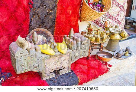 Antique Shoeshine Box In Antalya