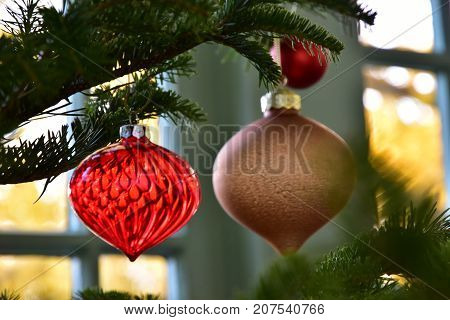 Decoration of the red glass hung to the tree