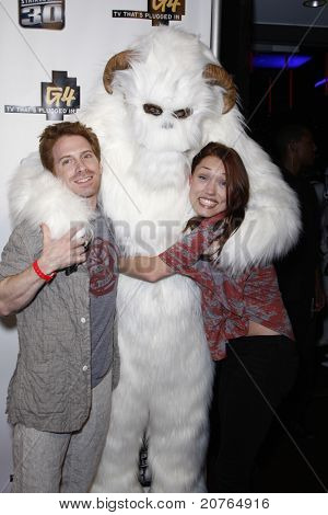 SAN DIEGO - JUL 22: Seth Green, wife Clare Grant at the 'GPhoria Strikes Back' party hosted by G4 and Lucasfilm during Comic-Con 2010 at the Hard Rock Hotel in San Diego, California on July 22, 2010.