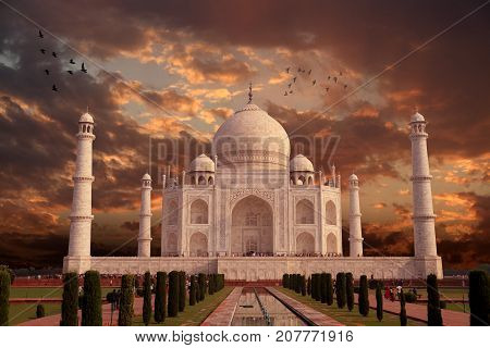 Beautiful Taj Mahal Architecture India Agra Uttar Pradesh