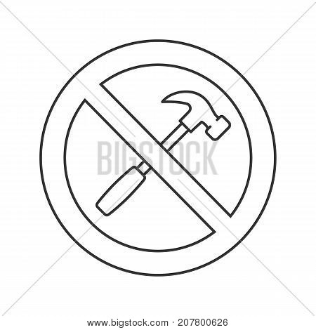 Forbidden sign with hammer linear icon. Thin line illustration. No repairing prohibition. Stop contour symbol. Vector isolated outline drawing