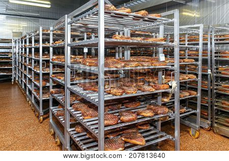 Refrigerated warehouse for storing meat and sausage products