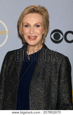 LOS ANGELES - OCT 4:  Jane Lynch at the Carol Burnett 50th Anniversary Special Arrivals at the CBS Television City on October 4, 2017 in Los Angeles, CA