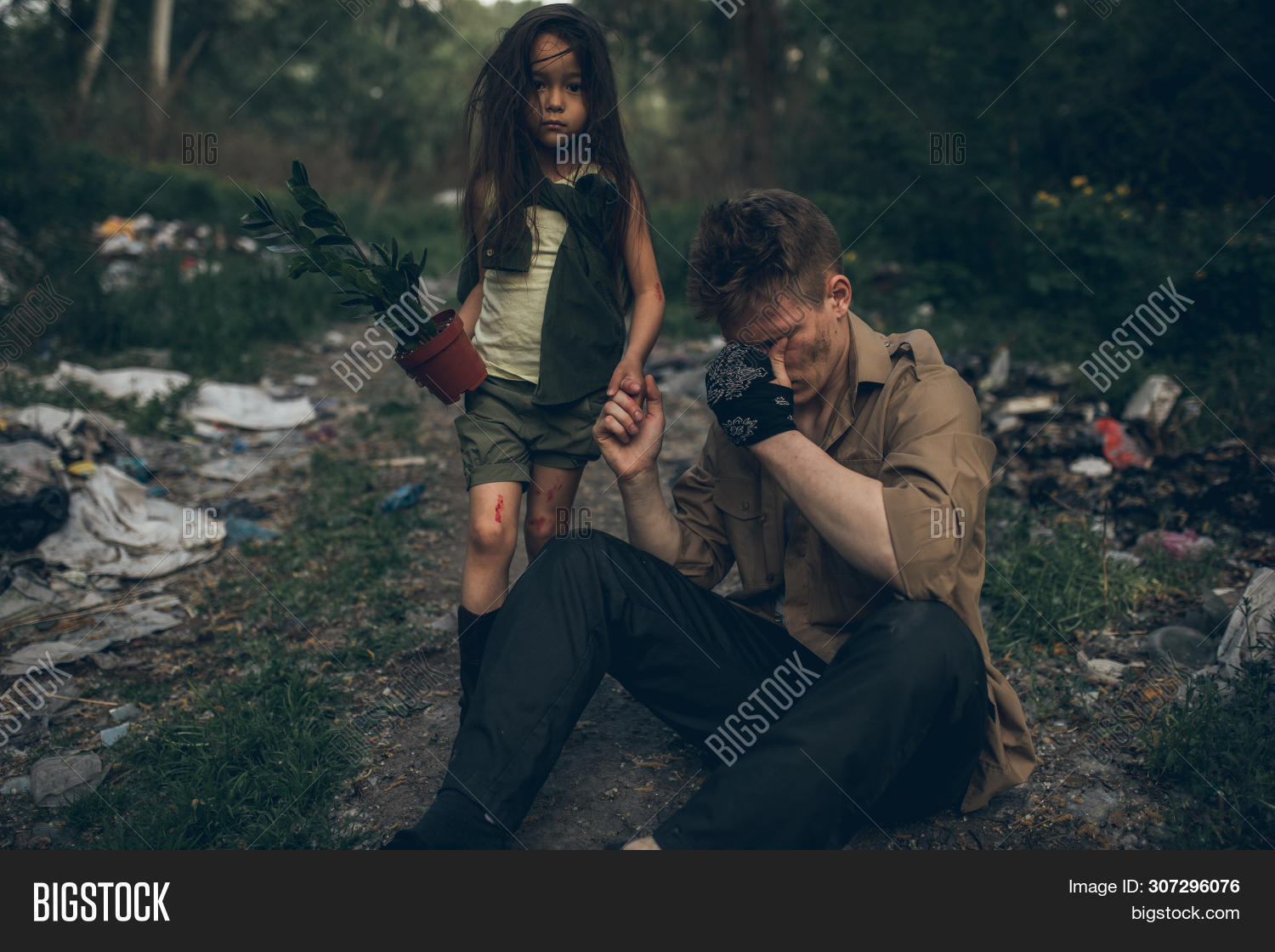 Enjoyable Homeless Crying Father Image Photo Free Trial Bigstock Interior Design Ideas Inesswwsoteloinfo