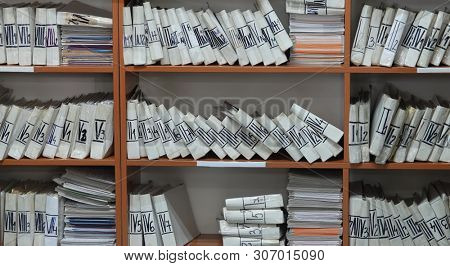 Archives documents files and folders data base papers
