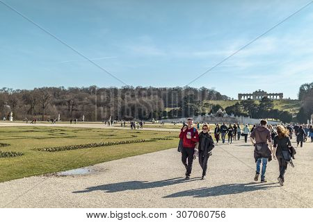 Viena, Austria - March 18, 2019: View Of The People Walking On The Territory Of The Schonbrunn Palac