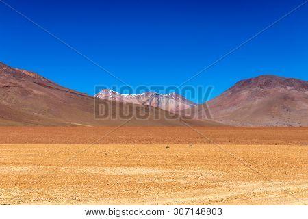 Volcanic Landscape Of Desierto Salvador Dali : Salvador Dali Desert , Also Known As Dali Valley, Val