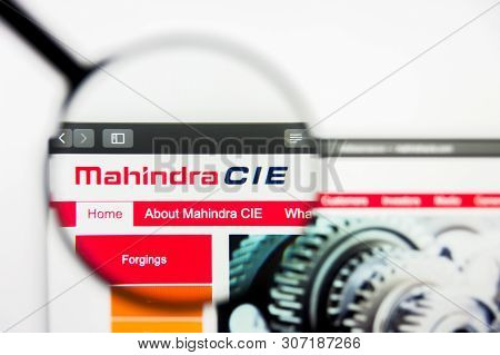New York, New York State, Usa - 18 June 2019: Illustrative Editorial Of Mahindra Cie Automotive Webs