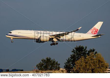 Vienna, Austria - May 13, 2018: China Airlines Airbus A350-900 Xwb B-18916 Passenger Plane Arrival A