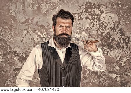 You Get Deep And Clean Shave With Minimum Effort. Bearded Man Hold Vintage Razor. Shaving With Strai