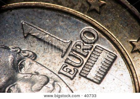 Euro Coin Macro