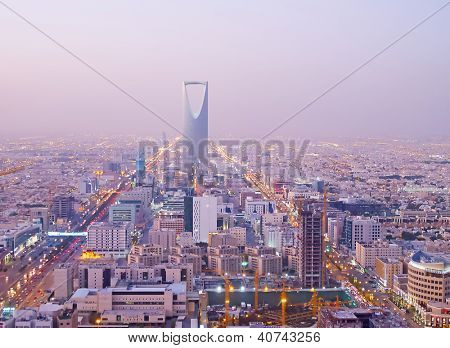 RIYADH - DECEMBER 22: Kingdom tower on December 22, 2009 in Riyadh, Saudi Arabia. Kingdom tower is a business and convention center, shoping mall and one of the main landmarks of Riyadh city