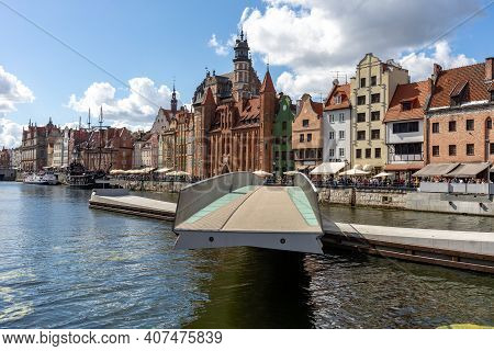 Gdansk, Poland - Sept 6, 2020: The Rotating Footbridge Of St The Spirit To The Granary Island On The