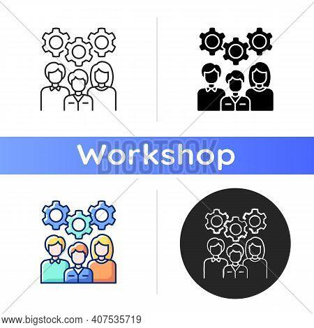 Staff Training Icon. Workshop Icon. Group Of People Generating Brilliant Ideas. Training. Leveling U
