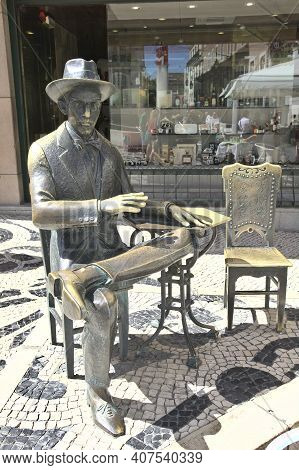 Lisbon, Portugal - 5 June, 2017: Statue Of The Famous Writer And Poet Fernando Pessoa. The Sculpture