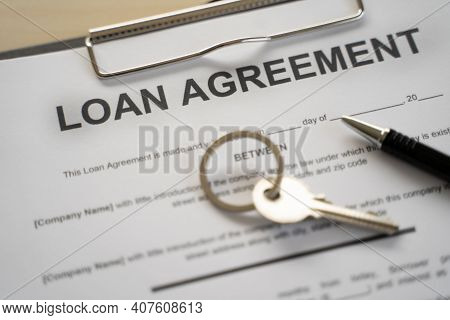 Loan Pay Man Calculator Spending Monthly Home Loan Documents, Invoices,travelling,credit Card, Insur