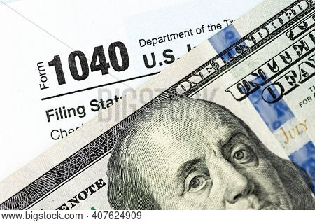 Us Federal Income Tax Return Form 1040. Individual Income Tax Return 1040 Form