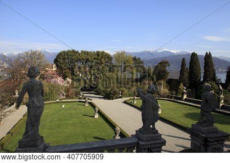 Stresa ( Verbano-cusio-ossola ), Italy - June 15, 2017: The Isola Bella Garden, Maggiore Lake, Stres