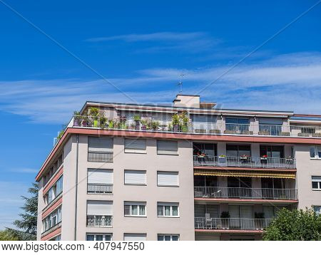 Beautiful French Vintage 70s Architecture With Clear Blue Sky - Real Estate Property Building In Fra