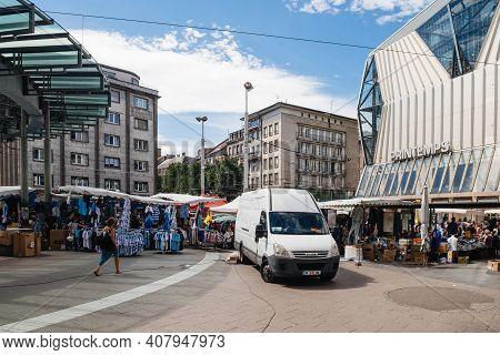 Strasbourg, France - July 29, 2017: Large Crowd Of People Walking On The Tramway Station Homme De Fe