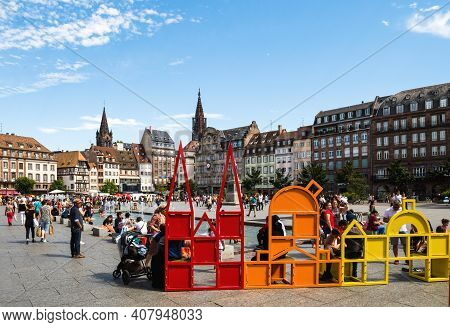 Strasbourg, France - July 29, 2017: Large Crowd Of People Pedestrians And Locals Resting Discovering