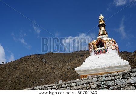 Traditional Tibetan Stupa In Nepal,asia