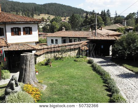 Renaissance 19th century houses.