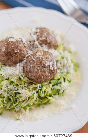 Zucchini Pasta Noodles with meatballs