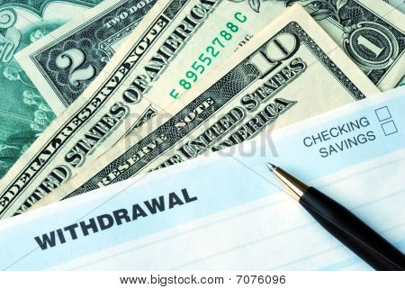 Fill the bank slip to withdraw some money