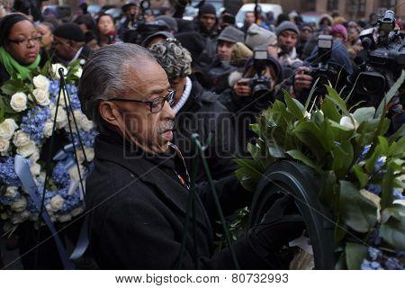Rev Sharpton mounting wreath