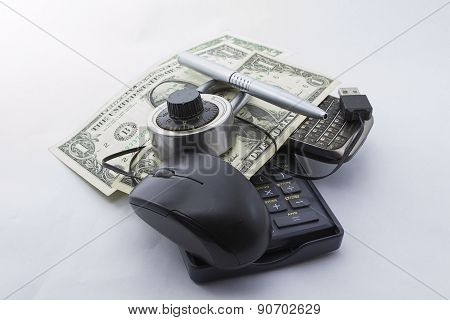 Mouse affair with dollars